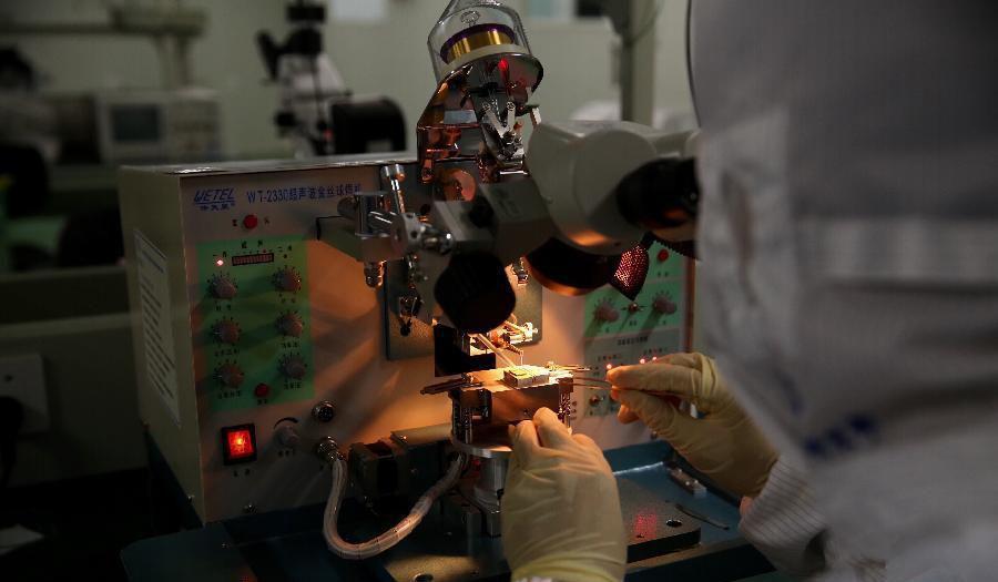 我国光子集成芯片进入测试阶段