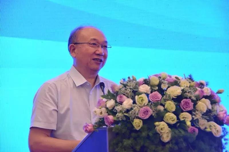 荣誉   亨通上榜2018年中国电子信息百强 位居通信领域第三位
