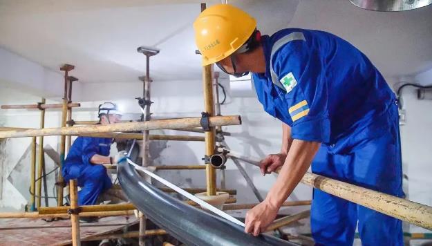 中天制造:国内首条10千伏三相同轴高温交流超导电缆在深圳完成敷设