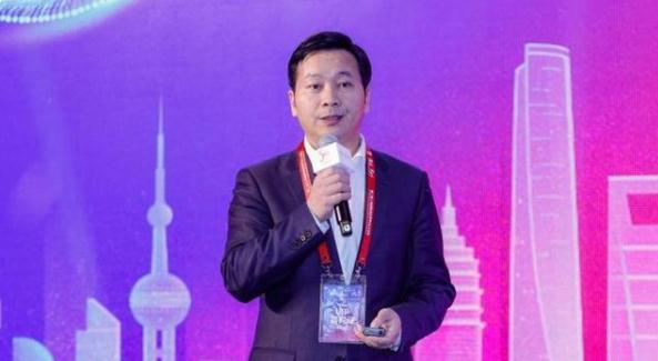 上海市经信委主任吴金城:数字化转型成为引领经济发展的新优势