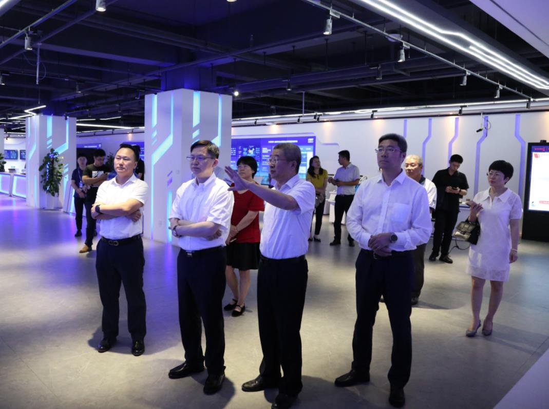中国广电董事长宋起柱一行 赴海南调研考察